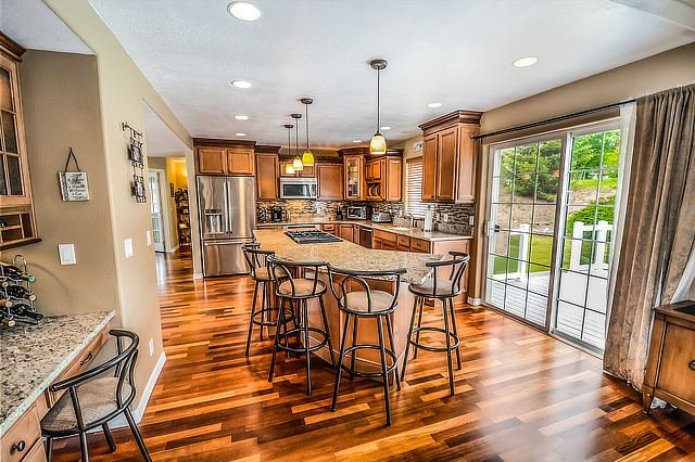 Floor restoration by Hercules Construction LLC - IL